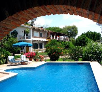 View of main house with garden suite - Share sunny Garden Suite with family or friends - Jocotepec - rentals