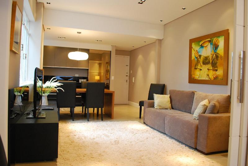 Beautiful 3 Bedroom Apart In Best Downtown/batel - Image 1 - Curitiba - rentals