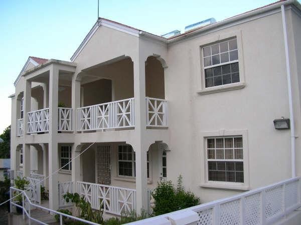 Exterior front - Large top floor two bedroom two bathroom fully equipped apartment - Maxwell - rentals