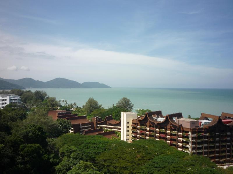 Fantastic panoramic sea view - New Renovated Luxury Condo Panoramic Sea View - Batu Ferringhi - rentals