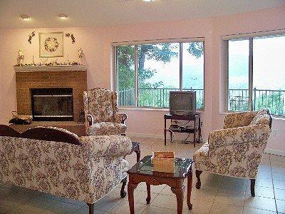 View of living room from bedroom - NC Mountain Rental Round House- 1 bedroom - Burnsville - rentals