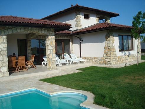 Villa sideview - Deluxe Villa In Blacksearama Golf&Villas, Balchik - Balchik - rentals