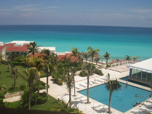 BEST OCEANFRONT----- NEW & CHEAP - Image 1 - Cancun - rentals