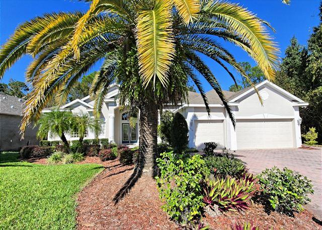 Front View - HIDDEN PARADISE: 4 Bedroom Home in Gated Golf Community with Pool and Spa - Davenport - rentals