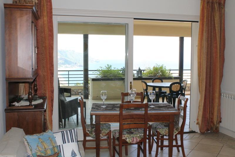 Living Room - Taormina Lux Apartment  Sicily with pool in center - Taormina - rentals