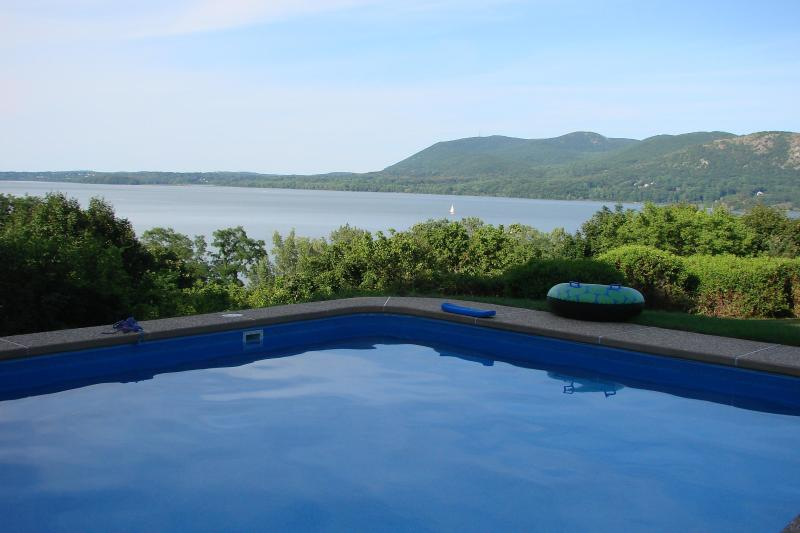 view from  heated pool - 50 Mins from  Manhattan River view - Cornwall on Hudson - rentals