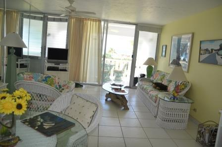 Unit 44 Living Room - Bright & Cheery Décor - #44 Harbour Heights 7MB - Seven Mile Beach - rentals