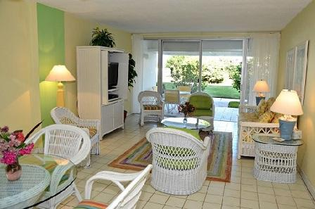 Living Room - Groundfloor Condo - #04 Harbour Heights 7MB - Seven Mile Beach - rentals