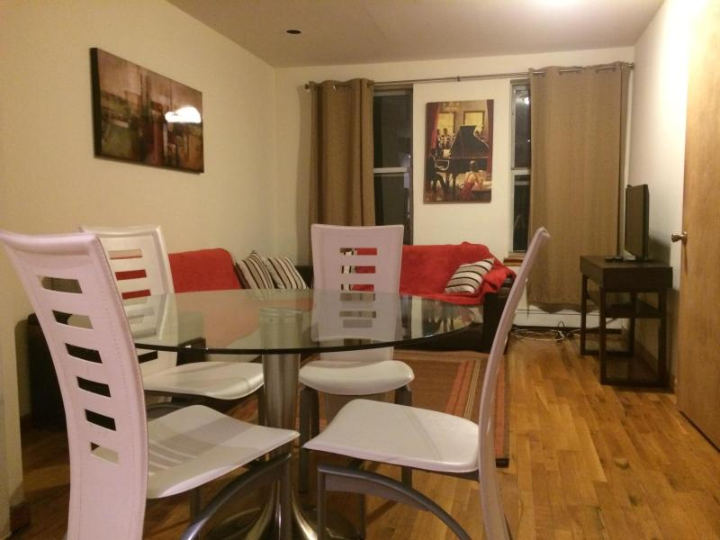 living room, dining room - AMAZING 3 BEDROOM APARTMENT - New York City - rentals