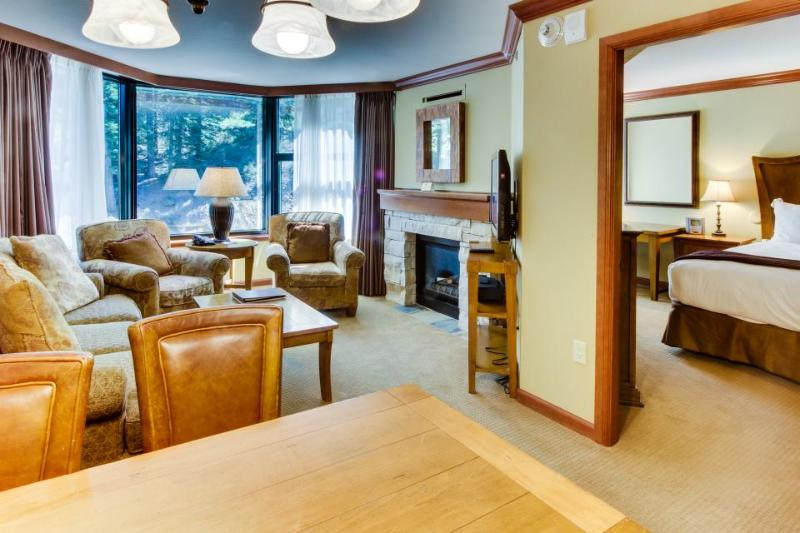 Luxury amenities, ski-in/ski-out, shared hot tubs, pool, and more! - Image 1 - Olympic Valley - rentals