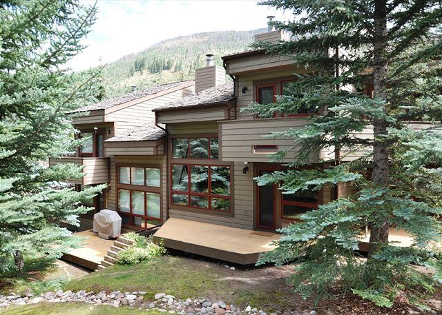 Three bedroom plus loft remodeled Townhome - Image 1 - Vail - rentals