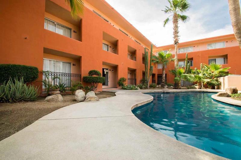 Building & pool - Comfortable Executive Downtown 1-Bedroom Condo - Cabo San Lucas - rentals