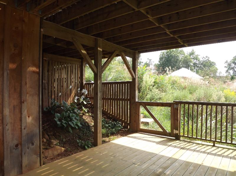 large deck with garden - Asheville area - rustic with modern conveniences - Weaverville - rentals