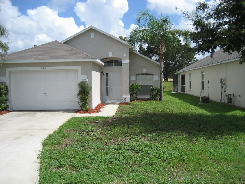 Villa - Cozy 3 Bedroom Vacation Home with Private Pool - Davenport - rentals
