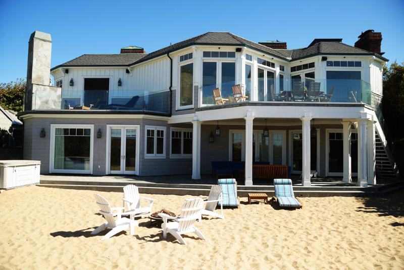 Backside of the house facing the ocean - Luxurious French Style  Beach House - Malibu - rentals