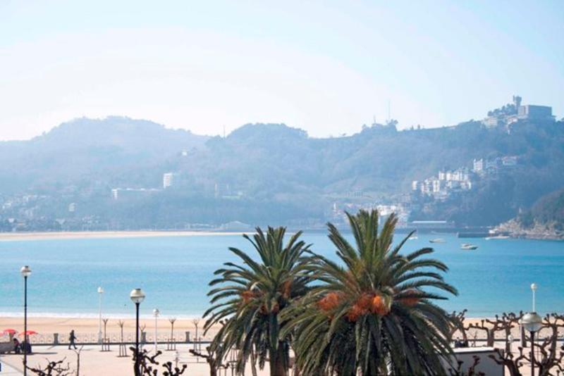 La Concha Suite - Image 1 - San Sebastian - Donostia - rentals
