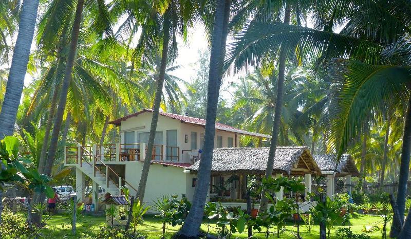 Villa Lactea Main House - VILLA LACTEA:  Oceanfront  with access to estuary - Barra de Santiago - rentals