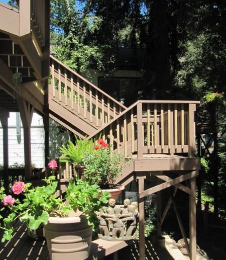Up the stairs to privacy, peace and quiet - ESCAPE TO PARADISE IN THE REDWOODS - SANTA CRUZ - Boulder Creek - rentals