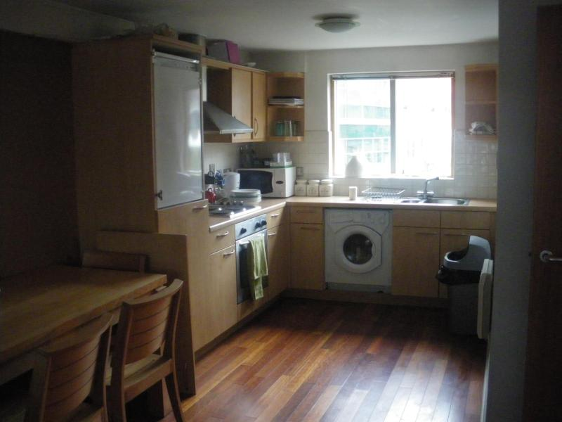 Kitchen area - City centre apartment for 1 - 4  guests / WIFI - Manchester - rentals