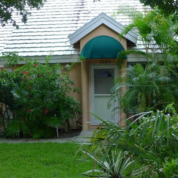 Front entrance - Restful, luxurious beach retreat - Vero Beach - rentals