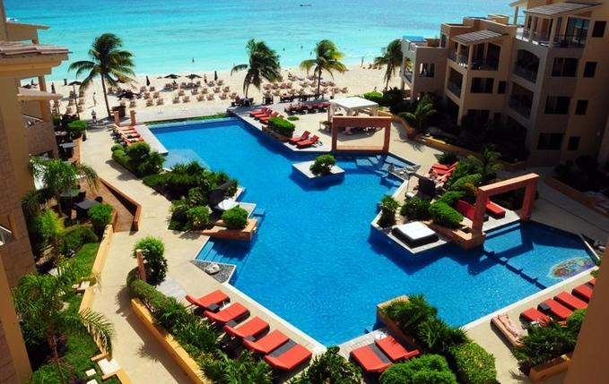Gorgeous pool and beach - El Faro -Luxury Beachfront - Playa del Carmen - rentals