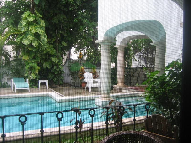 swimming pool - Elegant condo in a quiet building, beautiful pool - Playa del Carmen - rentals