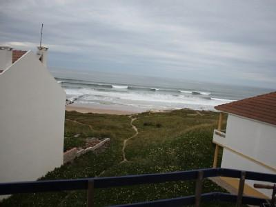 1104944 - 1 bedroom apartment - Home of the RIP Curl World Surfing Championships - Sleeps 4 - Baleal, Peniche - Image 1 - Peniche - rentals