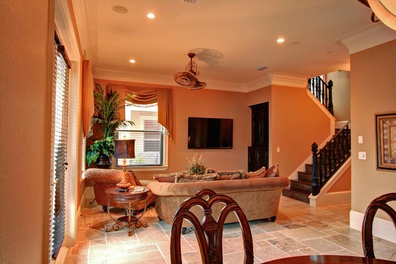 Tahitian Paradise - Book Online! 4 Bdrm/ 3.5 Ba in Villages of Crystal Beach! - Image 1 - Destin - rentals