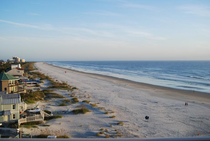 View from our balcony - Beachfront Condo, beautiful views, walk to shops - New Smyrna Beach - rentals