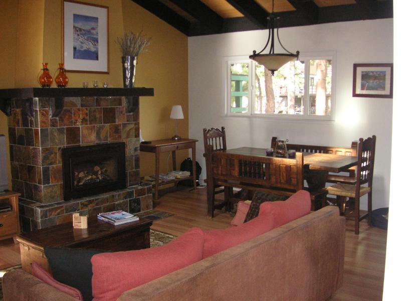 Living Room & Dining Area - Serene North Lake Tahoe Ski Retreat - Incline Village - rentals