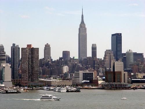 15 Min By Bus Great Views Of Nyc - Image 1 - West New York - rentals