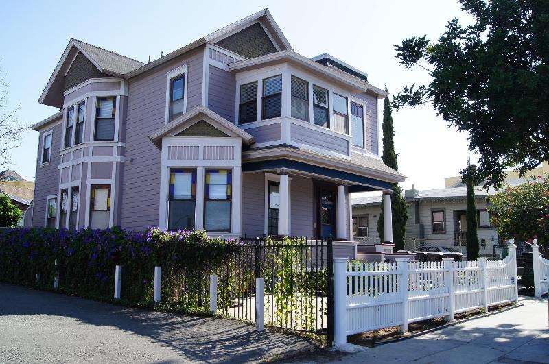 Gorgeous Victorian on Slope Overlooking Downtown San Diego - Downtown Victorian Gem - #1 - Pacific Beach - rentals