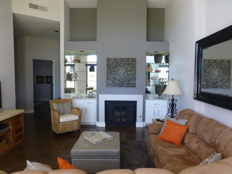 Beautiful remodelled luxury home near Desert Trip. - Image 1 - La Quinta - rentals