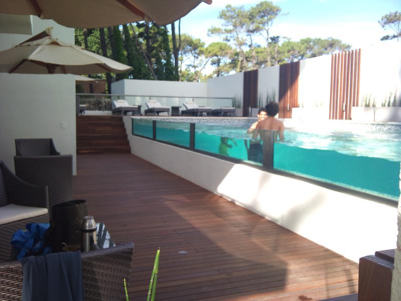 Piscjna exterior - Apartamento en Punta del Este sobre Roosevelt - Punta del Este - rentals