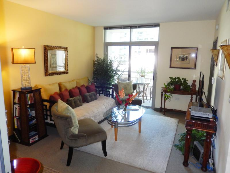 Ez, Cozy Urban Village Lifestyle Condo - Long Term - 3 Blocks to Bay! - Little Italy - Pacific Beach - rentals