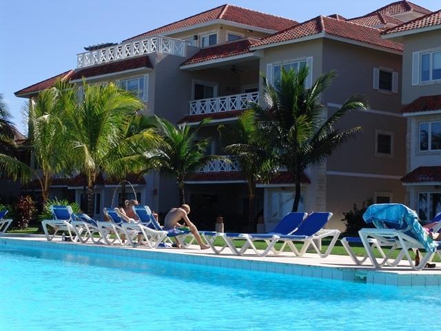 Complex - Ocean-Front 3 Bedroom Apartment in Cabarete - Cabarete - rentals