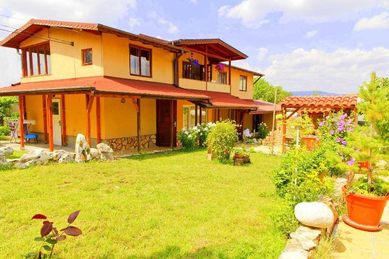 Villa Sofia, 15min Answr! - Image 1 - Sofia - rentals
