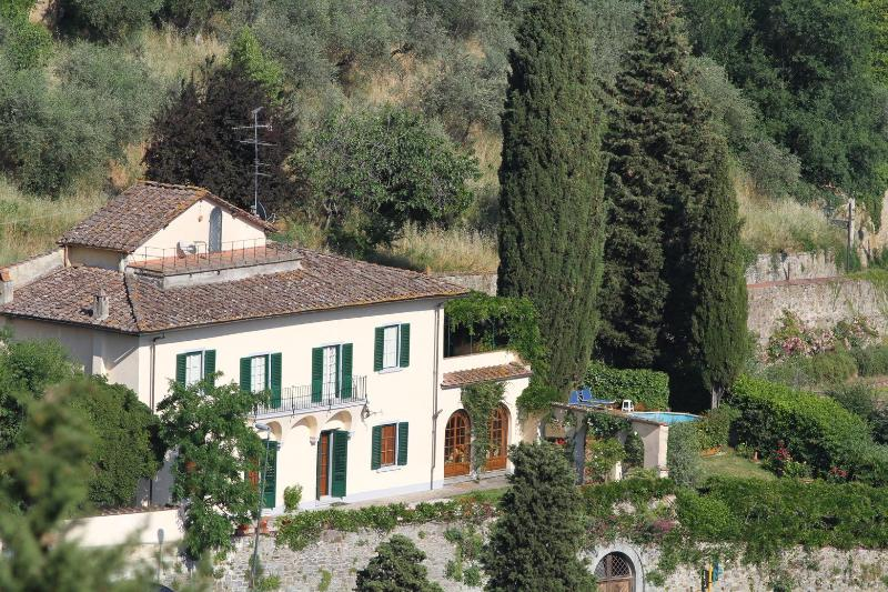 Villa in Florence, views, pool, no car needed - Image 1 - Florence - rentals