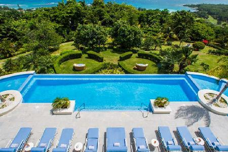 Exquisite Twins Palms At Tryall Club offers bar, game room, staff and two pools - Image 1 - Montego Bay - rentals