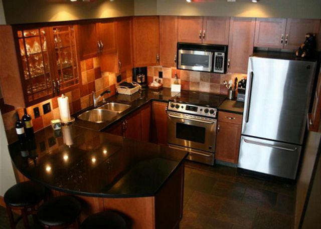 Renovated Kitchen - Beautiful Ski-in Ski-out Two Bedroom and Loft - Air Conditioning - Whistler - Whistler - rentals