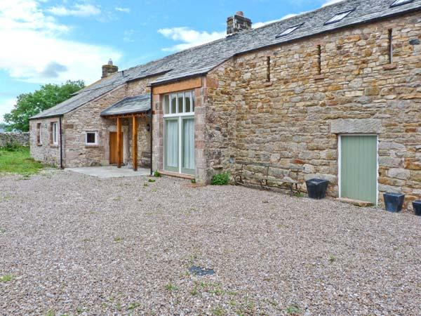 TOWN HEAD, detached, woodburner, open fire, off road parking, garden, in Appleby-in-Westmorland, Ref 23918 - Image 1 - Appleby In Westmorland - rentals