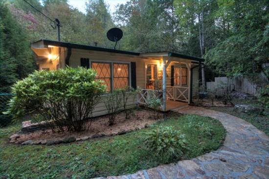 Dogwood Creekside - 2 bedroom cottage - Dogwood Creekside | Rustic cottage on Fightingtown Creek - Blue Ridge - rentals