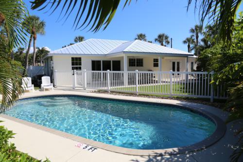 Pool 1 - ENDLESS SUMMER - Holmes Beach - rentals