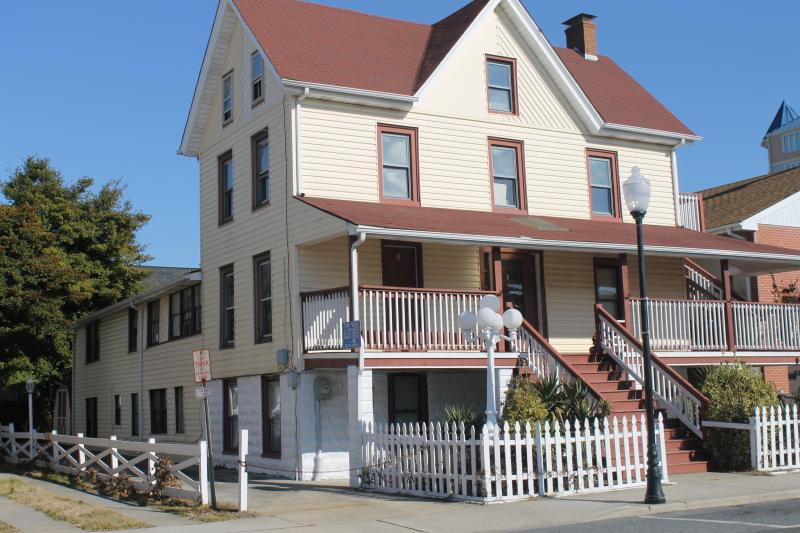 104 Dorchester St. - Ground Floor Apt. - Group or Family - Ocean City - rentals