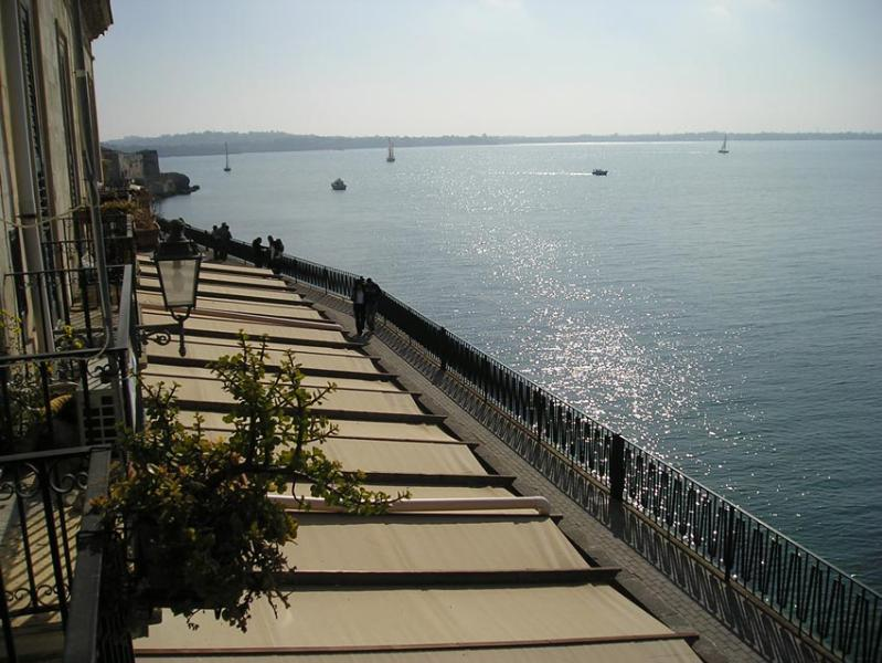 Sea View from Alfeo and Aretusa Apts - Aretusa Studio - MedFlats Ortigia / Siracusa - Syracuse - rentals