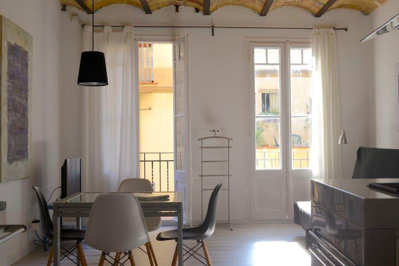 Design apartment in charming neighborhood Gràcia - Image 1 - Barcelona - rentals