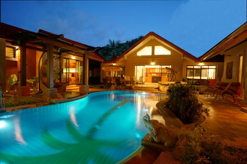 SUPERB VILLA PAPAYA : LIVE LIKE A KING ! - Image 1 - Koh Samui - rentals