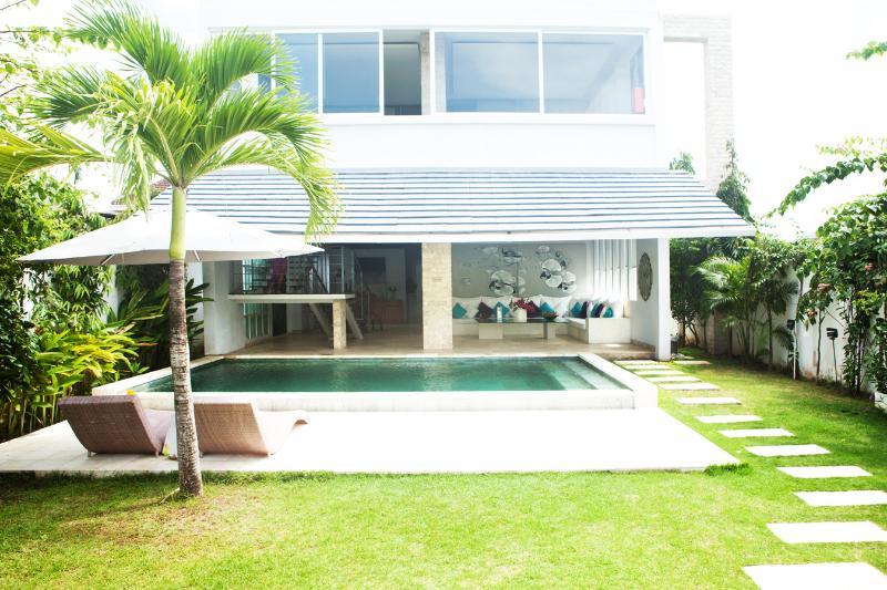 Valla Lotus Canggu Echo Beach - Image 1 - Canggu - rentals