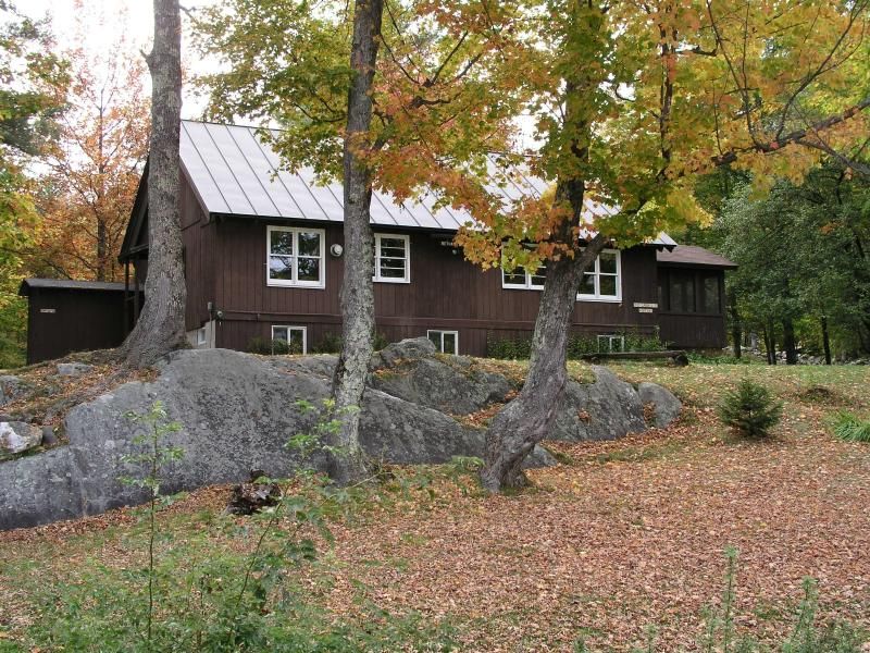 Cabin in Fall - Bethany Birches Cabin - Plymouth - rentals