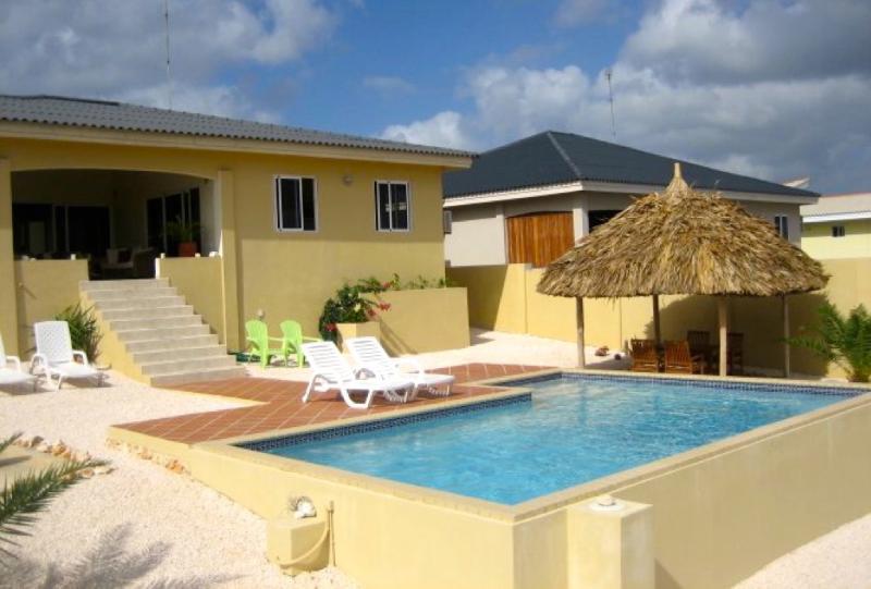 Fantastische villa met zwembad en spectaculair uitzicht over de oceaan. - Villa Ocean View, luxe villa aan zee, oase van rust, vakantie zonder zorgen - Willemstad - rentals